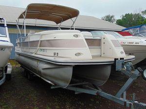 Used Harris Crown 250Crown 250 Pontoon Boat For Sale