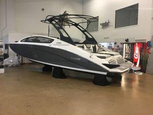 New Yamaha Boats 275SE275SE Ski and Wakeboard Boat For Sale
