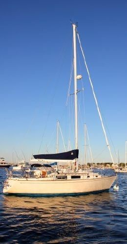 Used Sabre Classic Fin Keel Cruiser Sailboat For Sale