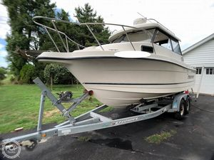 Used Trophy Pro 2359 WA Pilothouse Boat For Sale