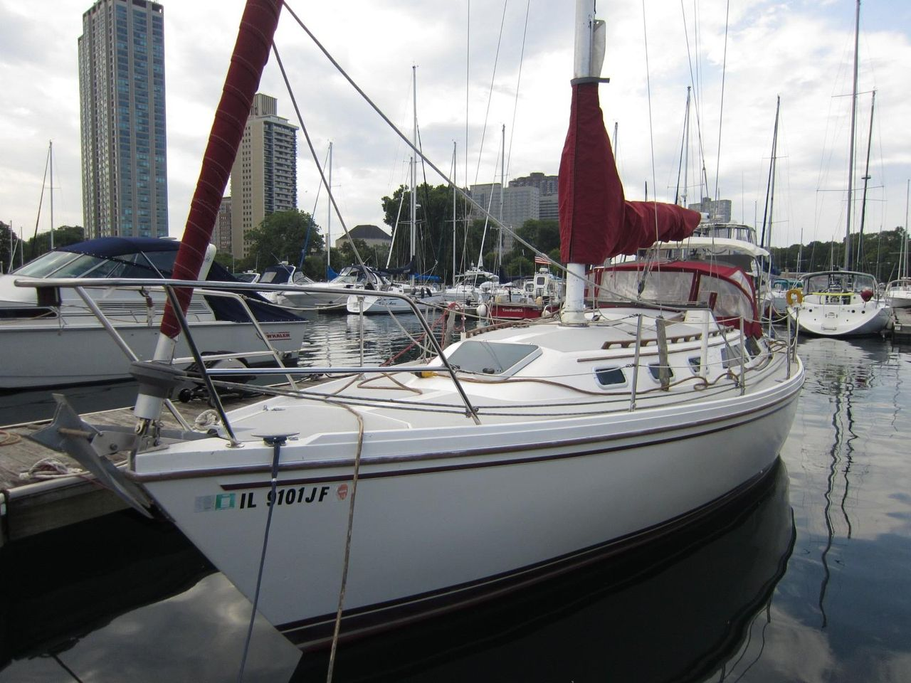 1989 Used Catalina 34 Cruiser Sailboat For Sale 29 000