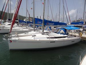 Used Jeanneau Sun Odyssey 389 Cruiser Sailboat For Sale