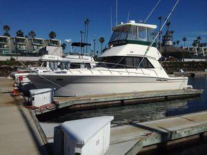 Used Riviera Sedan Saltwater Fishing Boat For Sale