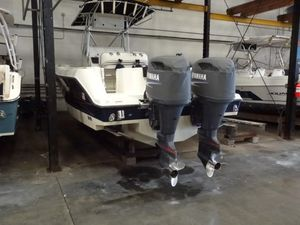 Used Hydra-Sports 2600 Center Console Fishing Boat For Sale
