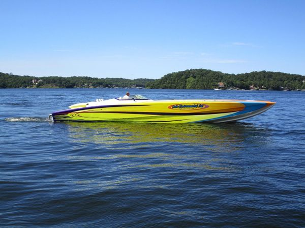 Used Skater 46 High Performance Boat For Sale