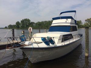 Used Marinette FB Sedan Flybridge Boat For Sale