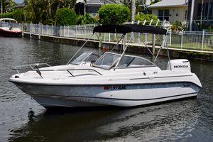 Used Boston Whaler 180 Ventura Freshwater Fishing Boat For Sale