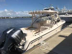Used Grady-White 285 Freedom Center Console Fishing Boat For Sale