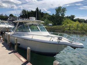 Used Pursuit 2670 Denali LS Freshwater Fishing Boat For Sale