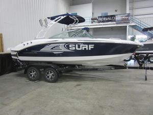 New Chaparral 21 H2O Surf High Performance Boat For Sale