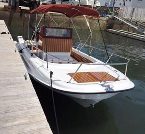 Used Metan Marine Pelican Bay Center Console Fishing Boat For Sale