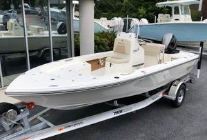 New Pathfinder 2005 TRS Center Console Fishing Boat For Sale