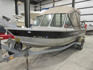 Used Alumaweld 19 STSJ Striker Sport Jet Freshwater Fishing Boat For Sale