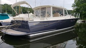 Used Mjm Yachts 40Z Downeast Express Cruiser Boat For Sale
