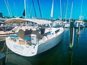 Used Beneteau Oceanis 38 Cruiser Sailboat For Sale