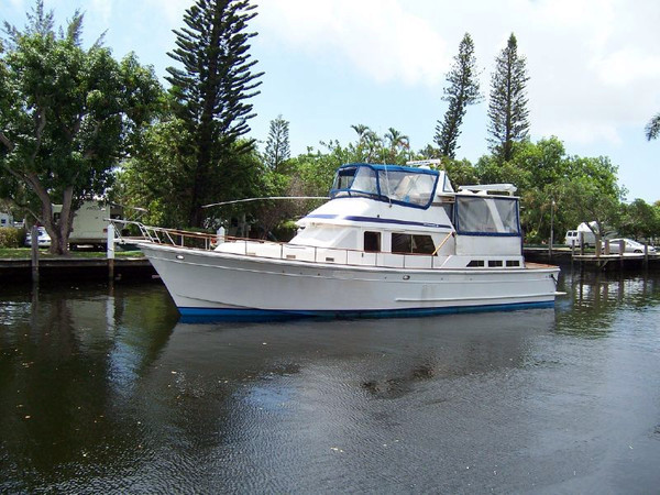Used Offshore Cockpit Sundeck Trawler Cruiser Boat For Sale