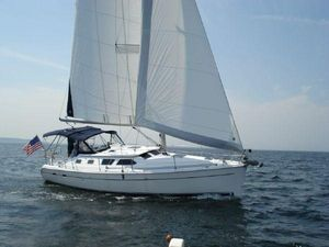 Used Hunter DS Cruiser Sailboat For Sale