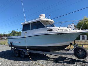 Used Trophy 2359 Hardtop Cruiser Boat For Sale