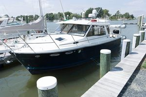Used Cutwater C-30 S Cruiser Boat For Sale