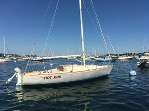 Used J Boats J 24 Daysailer Sailboat For Sale