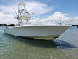 Used Seavee 390B Center Console Fishing Boat For Sale