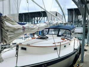 Used Nonsuch Classic Sloop Sailboat For Sale