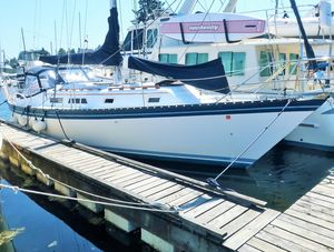 Used Hunter Cutter Sailboat For Sale