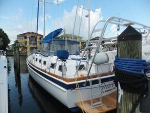 Used Gulfstar 53 Motorsailer Center Cockpit Sailboat For Sale