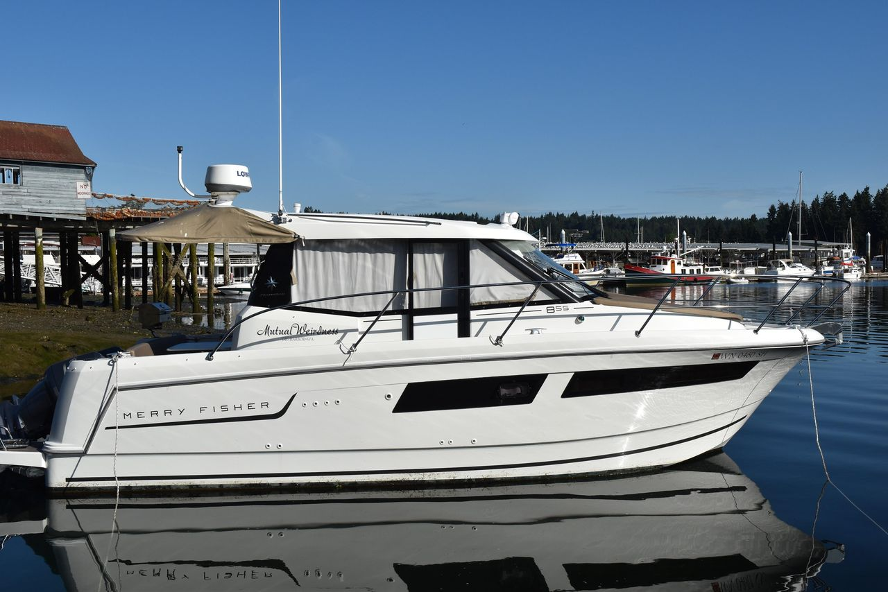 2015 Used Jeanneau Merry Fisher 855 Cruiser Boat For Sale
