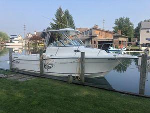 Used Seaswirl Striper 2601 Walkaround I/O Freshwater Fishing Boat For Sale