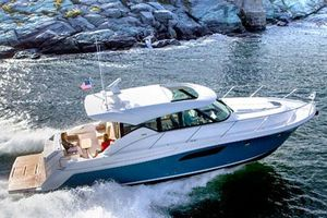 Used Tiara C44 Coupe Motor Yacht For Sale