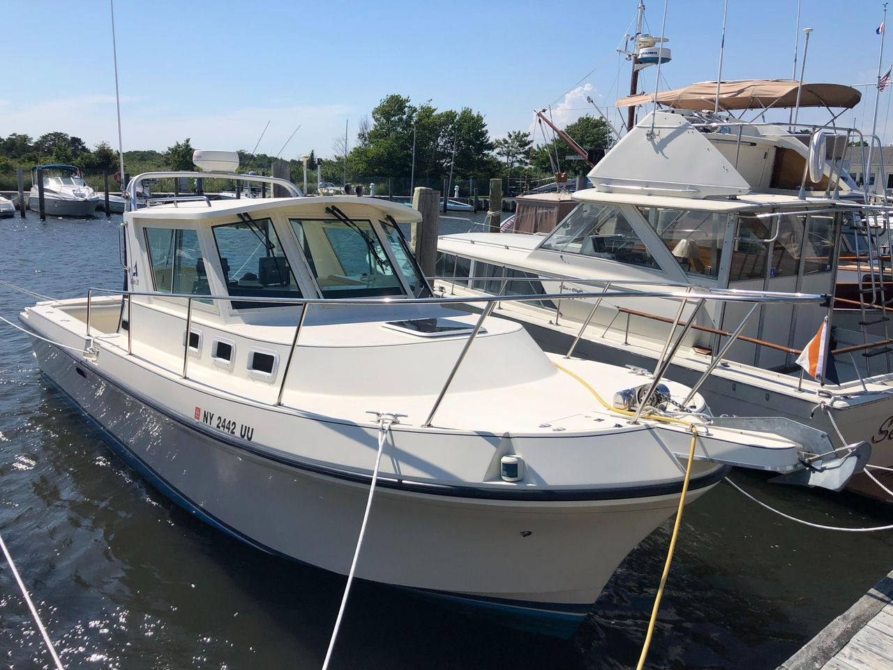 1999 Used Albin 28 Tournament Downeast Fishing Boat For Sale