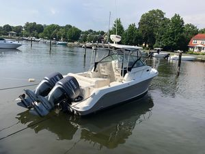 Used Robalo R245 Walkaround Center Console Fishing Boat For Sale