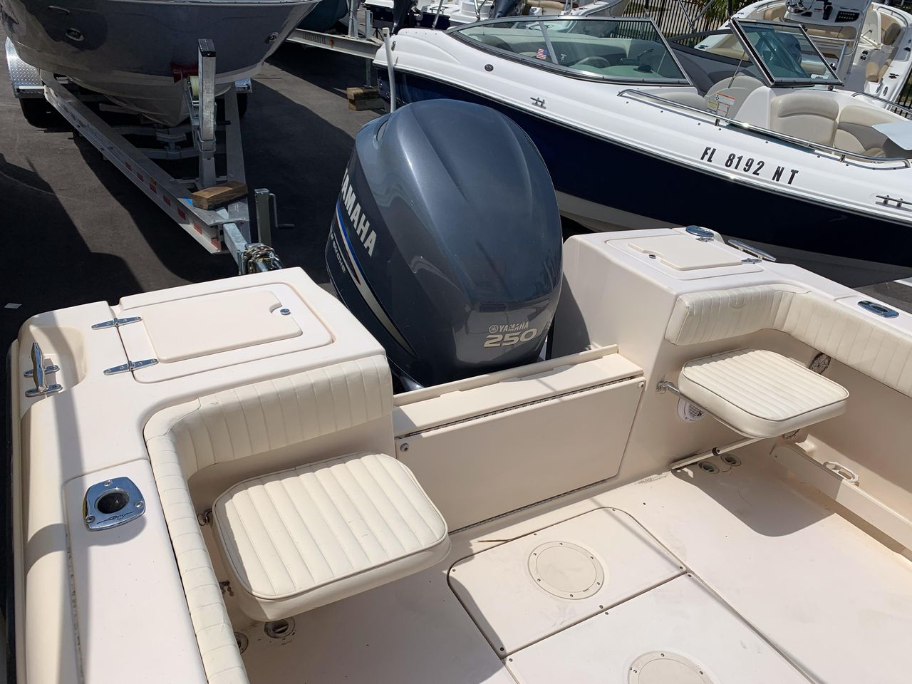 2009 Used Grady-White 222 Fisherman Center Console Fishing