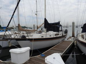 Used Irwin 37-4 Cruiser Sailboat For Sale