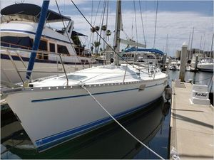 Used Beneteau Oceanis Sloop Sailboat For Sale