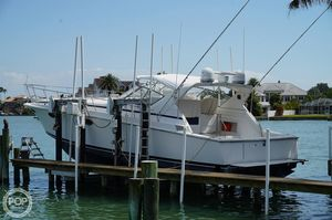 Used Trojan 13 Meter Express Cruiser Boat For Sale