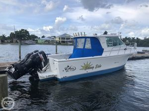 Used Baha Cruisers 300 GLE Walkaround Fishing Boat For Sale