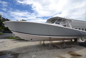 New Pursuit S 408 Sport Center Console Fishing Boat For Sale
