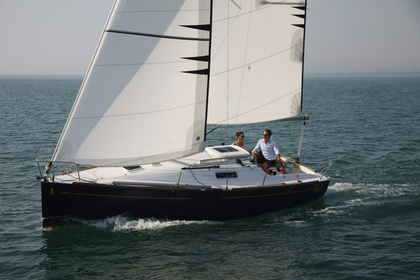 New Beneteau First 25 Cruiser Sailboat For Sale