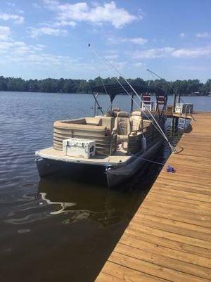 Used Godfrey Pontoon SP2500LE Pontoon Boat For Sale