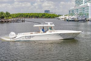 Used Hydra-Sports 42 S Center Console Fishing Boat For Sale