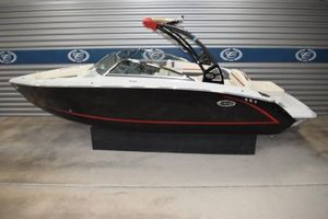 New Cobalt Surf Class R5 SurfSurf Class R5 Surf Bowrider Boat For Sale