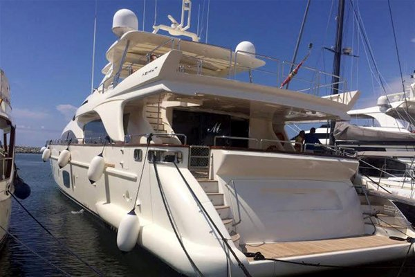 Used Azimut 105 Motor Yacht For Sale