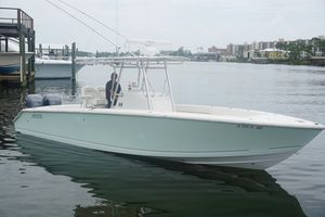 Used Jupiter 29FS Center Console Fishing Boat For Sale
