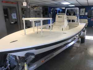 New Maverick 18 Mirage HPX-VMaverick 18 Mirage HPX-V Flats Fishing Boat For Sale