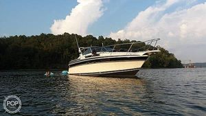 Used Wellcraft 3200 St. Tropez Walkaround Fishing Boat For Sale