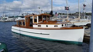 Used Custom 32 Union Antique and Classic Boat For Sale