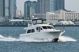 Used Navigator 5600 Classic Pilothouse Boat For Sale