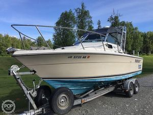Used Pursuit 2600 Tierra Walkaround Fishing Boat For Sale
